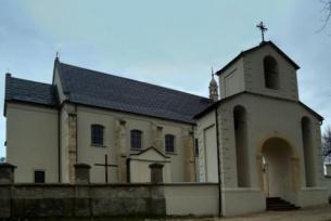 Kosciół parafialny w Sokolinie