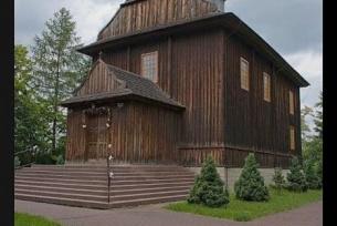 Kościół parfialny w Topoli